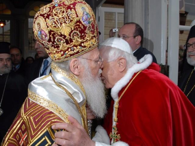 Credințele religioase și apartenența națională în Europa Centrală și de Est
