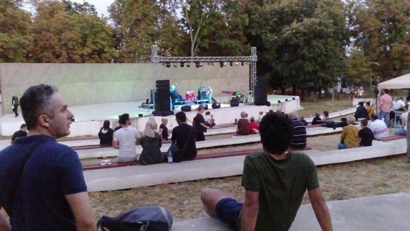 Municipalitatea le-a aruncat gălățenilor o sărăcie de festival de jazz