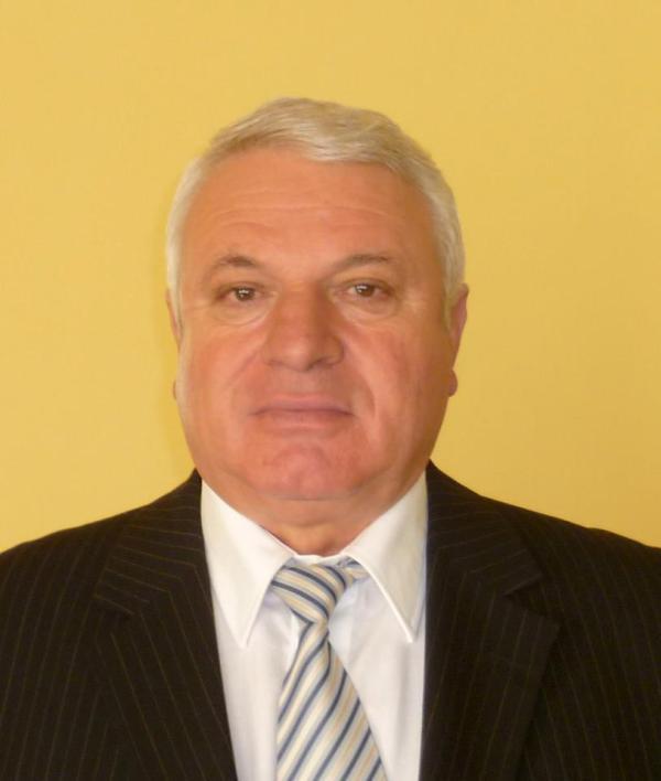 Pesedistul Lupu Cicerone a supt de la Vinalcool și Finanțe iar acum trăiește pe spatele Apă-Canal SA