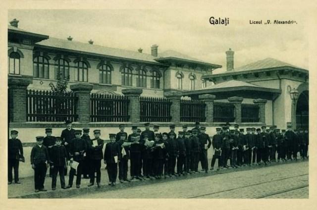 """Reduta spirituală """"Liceul Vasile Alecsandri"""" a fost colacul de salvare al portului dunărean Galați timp de 150 de ani"""