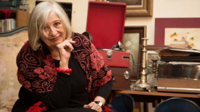 """""""Când elefantul intră în menajeria de sticlă"""" – întâlnire cu scriitoarea Nora Iuga la librăria Humanitas"""