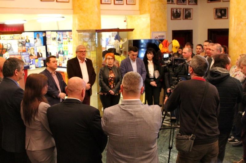 Trompeta pesedistului Dan Nica i-a fericit pe gălățeni cu o asociație partizană de presă