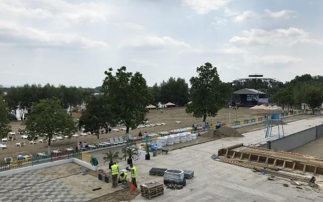 Țeparii de la Plaja Dunărea au înlocuit aqua park-ul cu două concerte de adormit revolta gălățenilor