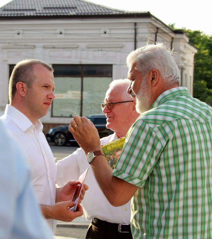 Ion Tudoran zis Tano – milițianul pensionar din spatele politicienilor de succes gălățeni