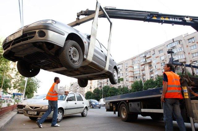 Primarul Pucheanu perseverează în prostia cu parcările închiriate și activitatea de ridicare a autoturismelor