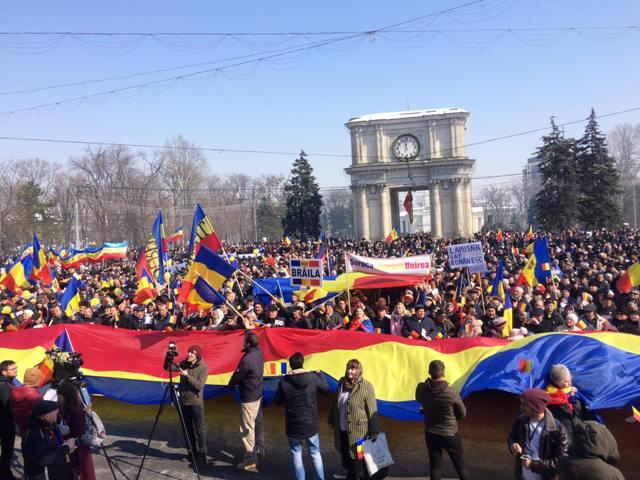 Organizatorii mitingului de la Chișinău cer Parlamentului o Declarație de susținere