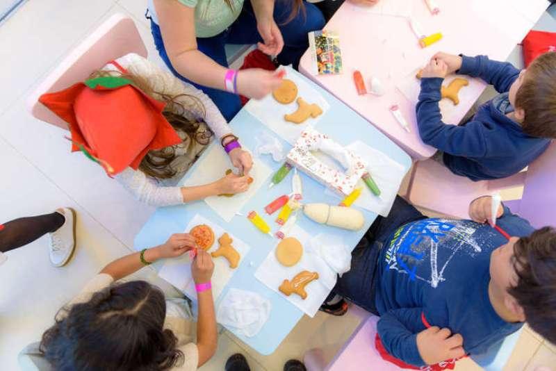 Centre de zi din Galați caută voluntari seniori pentru activități educaționale cu copii vulnerabili