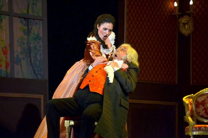 """Opera """"Don Pasquale"""" -  pe scena Teatrului Național """"Nae Leonard"""""""