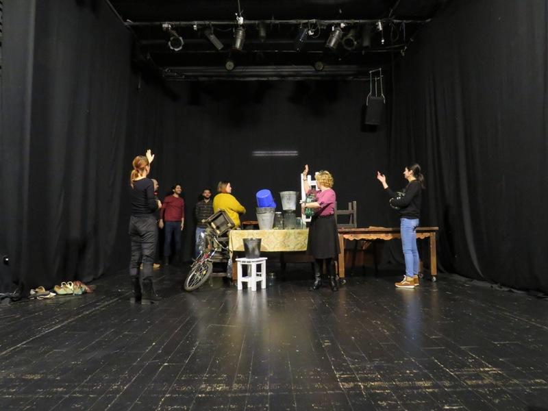"""Regizorul Cristian Ban montează la Dramatic """"MaMe"""" - un spectacol bazat pe viața personală a actorilor"""