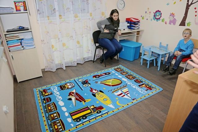 """S-a deschis """"Căsuța Albastră"""" – Centru de intervenții specializate în autism al APCA Galati"""
