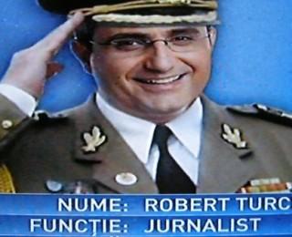 Cerem SRI să lase la vatră ofițerii acoperiți din presă