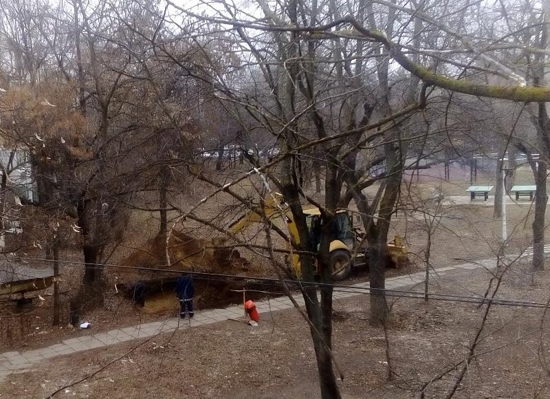 Firma de casă a lui Dan Nica – RBx Electric - execută lucrări publice în disprețul legii