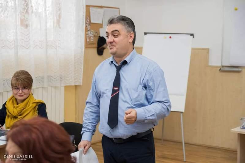 Onuț Valeriu Atanasiu – liberalul care militează pentru un învățământ modern și susținut integral de stat